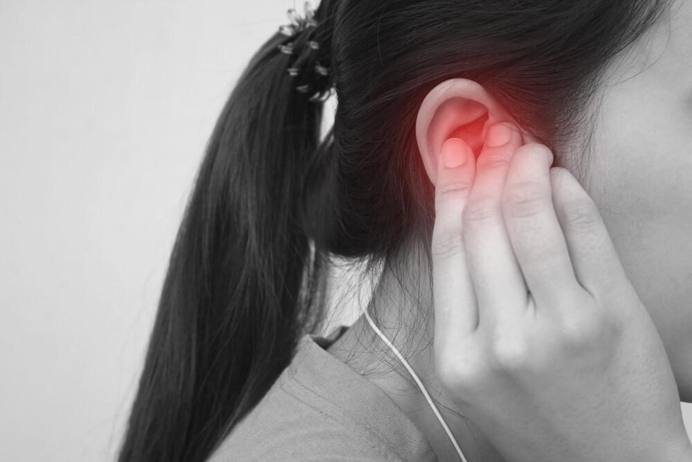 ear tinnitus