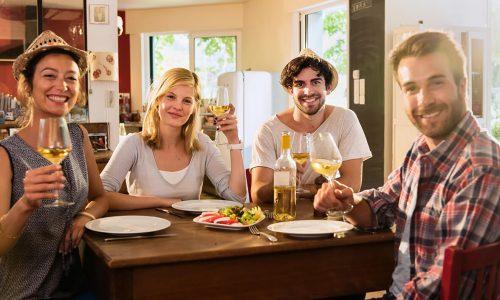 wine-hangout